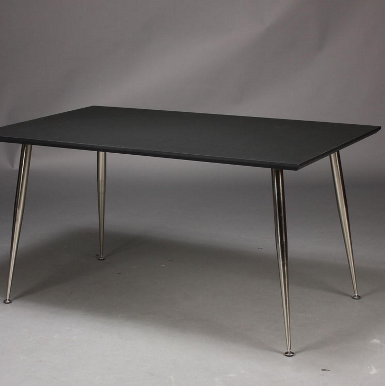 Fremragende Dimm - Skrivebord, sort højtrykslaminat, metal ben - Skriveborde NU59